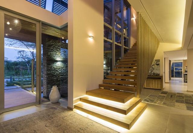 关于别墅楼梯装修的风水禁忌