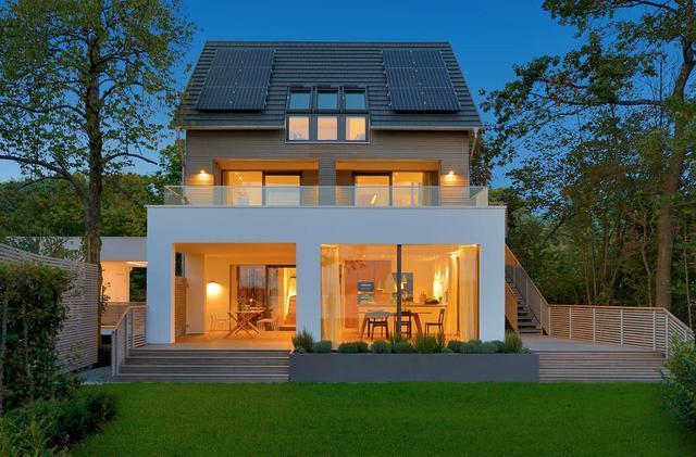 长方形带院子别墅图片